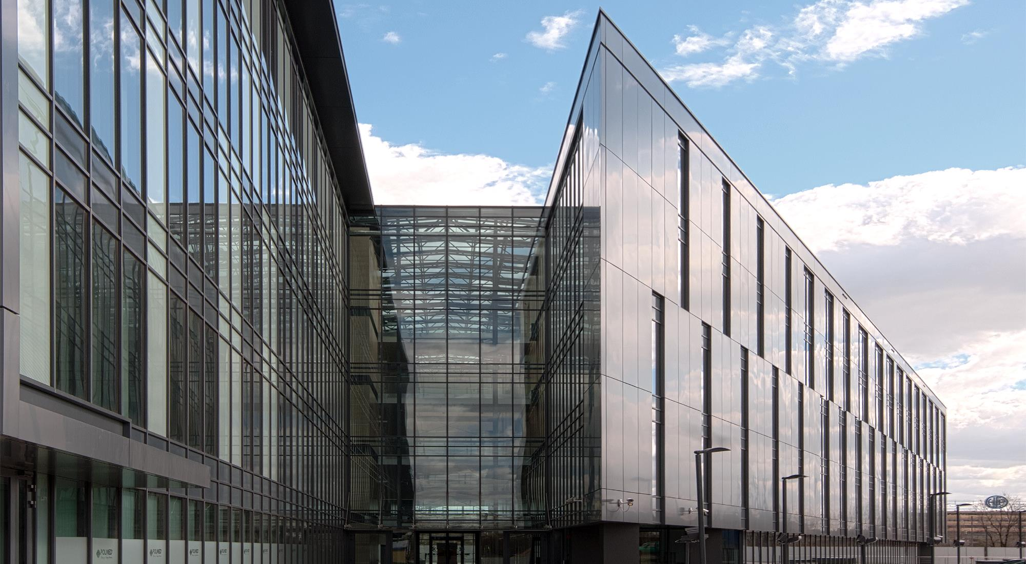 Skalar Office Center