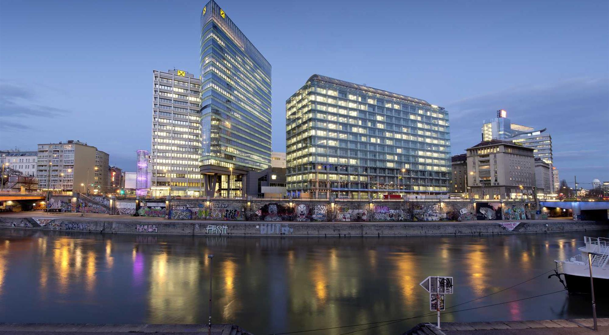 https://alukoenigstahl.md/wp-content/uploads/sites/4/2020/09/2013-02-EOD-Tower-Wien-13.jpg